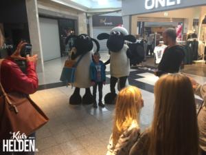 Shaun het Schaap , winkelcentrumpromotie, tv characters boeken, boeken kinderentertainment, boekingen Shaun het Schaap, meet en greet boeken tv characters