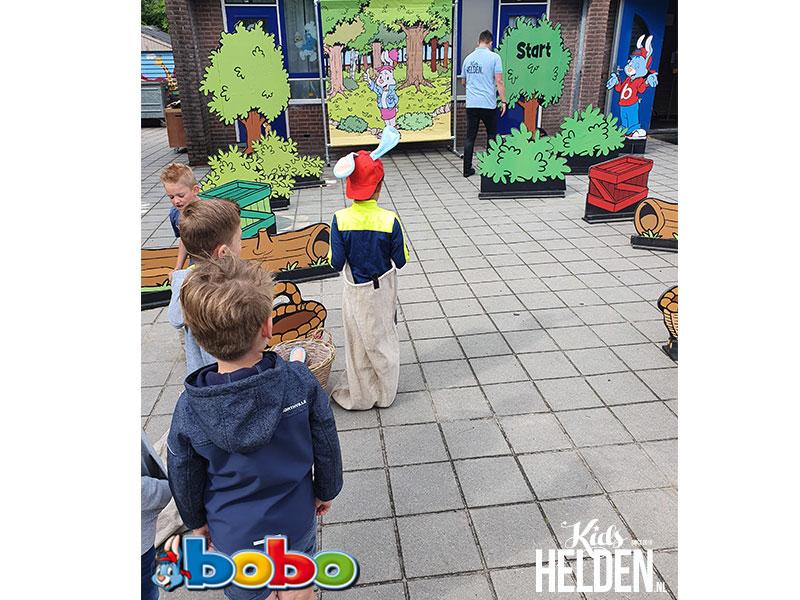 Bobo, Meet & Greet met Bobo, Bobo boeken, Bobo inhuren, Bobo huren, Bobo op bezoek, Bobo activiteiten, Bobo foto actie, Bekende Kindercharacters boeken, kinderfiguren inhuren, winkelcentrumpromotie, looppop inhuren, Bekend Kindercharacter boeken, looppop boeken, tv karakter boeken, tv karakter inhuren, winkelcentrum promotie